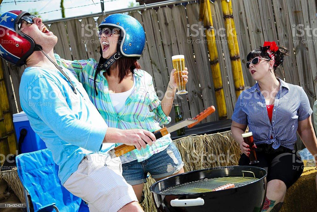 Drôle groupe Grill étudié pour femme et homme rire - Photo