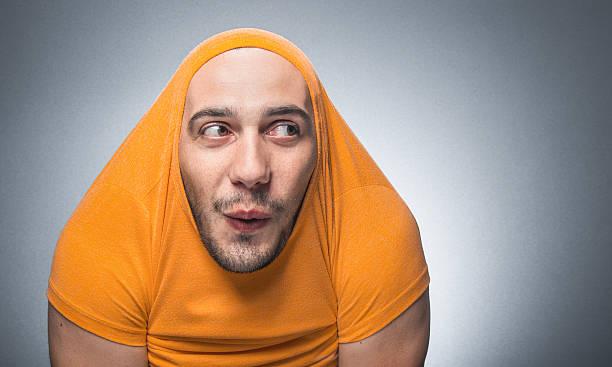lustiger kerl-mann - geek t shirts stock-fotos und bilder