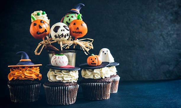 funny halloween desserts - lutscher cookies stock-fotos und bilder