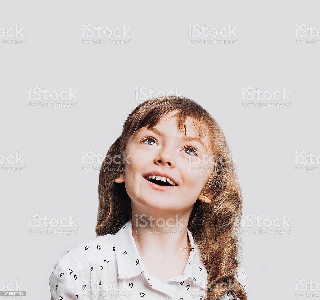 Retrato de menina engraçada - foto de acervo