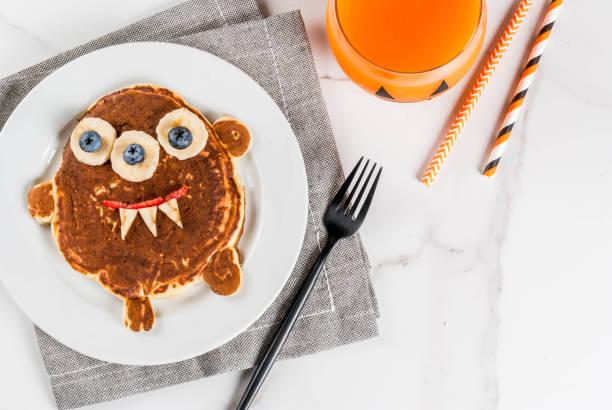 Lustige Pfannkuchen für Halloween – Foto