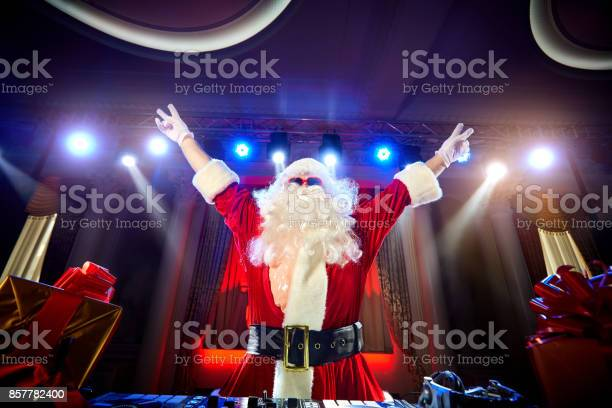 Funny santa dj mixes in the beams of light music picture id857782400?b=1&k=6&m=857782400&s=612x612&h=22o7euyaaouu4 a7z9ohqyxrti  q2shwsfyua0xlzy=