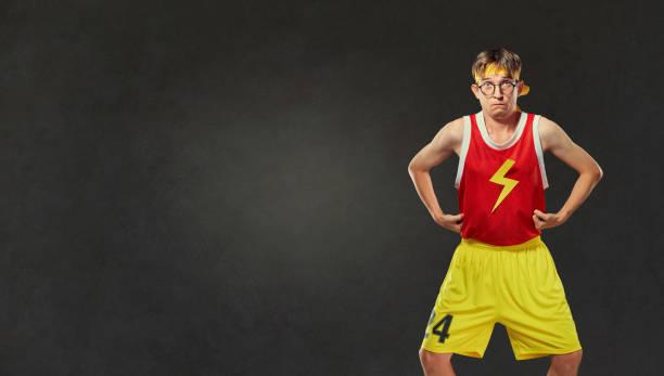 Homme mince drôle en sportswear. - Photo