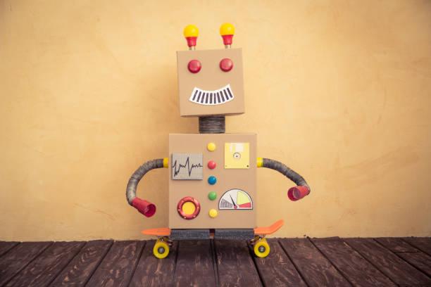 Robô de brinquedo engraçado - foto de acervo