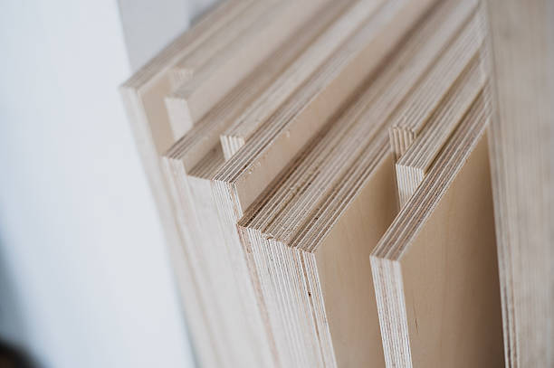 furniture edges and tools. plywood cuttings for use as textures - triplex stockfoto's en -beelden