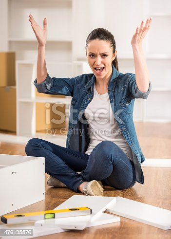 459373065 istock photo Furniture installation 476135576