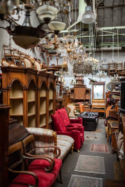 Möbel auf Flohmarkt, Deutschland – Foto