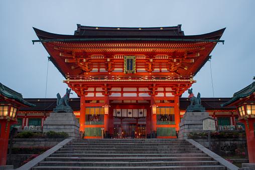 伏見伊納裡平羅縣神社日本京都 照片檔及更多 Inari Shrine 照片
