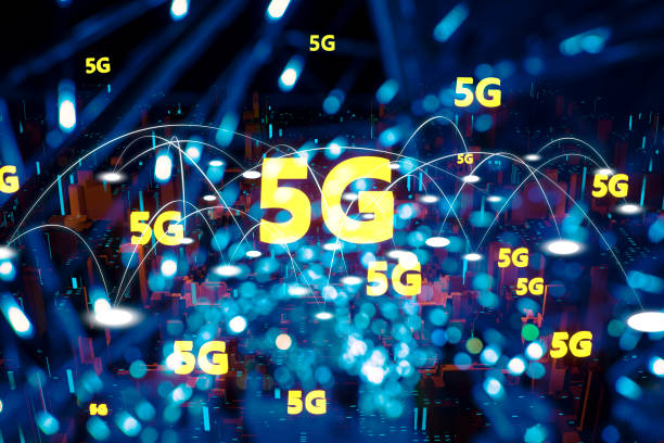 Futuristisches Stadtlicht 5G elektromagnetische Signale – Foto