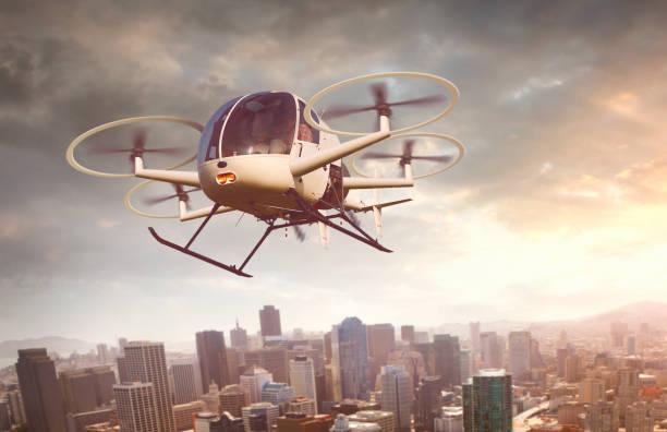 futuristische drone vliegen over de stad - vanuit een drone gezien stockfoto's en -beelden
