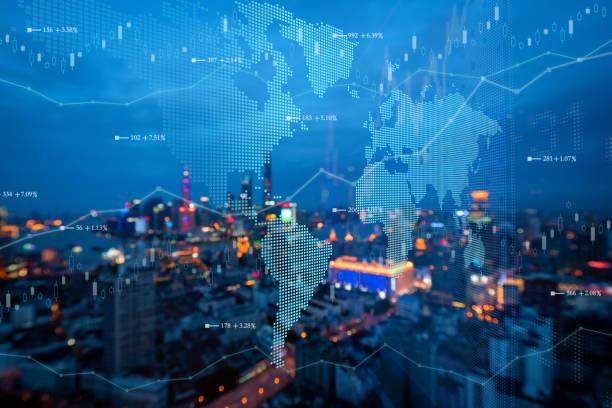 futuristische erdlandkarte technologie abstrakten hintergrund - internationale geschäftswelt stock-fotos und bilder