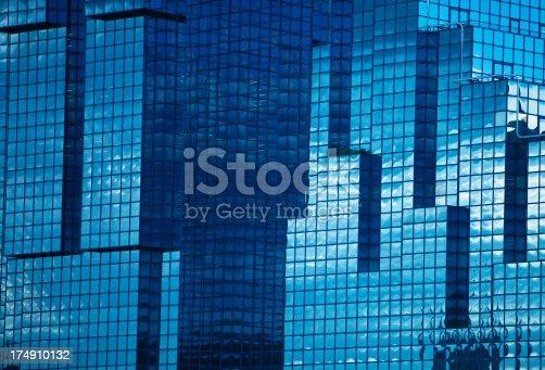 istock Futuristic Glass Corporate Building in London, England 174910132