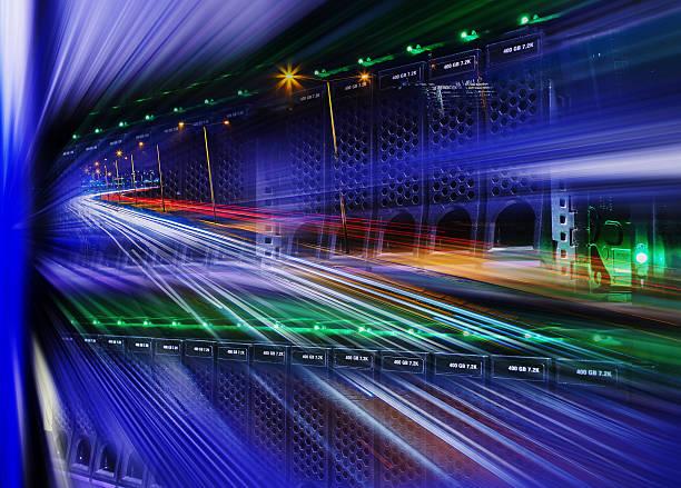 futuristic mix of disk storage, night city highway and blur - meerdere lagen effect stockfoto's en -beelden