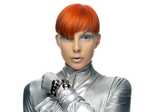 futuristisch-modell mit roten haaren - kurzhaarfrisuren mit pony stock-fotos und bilder