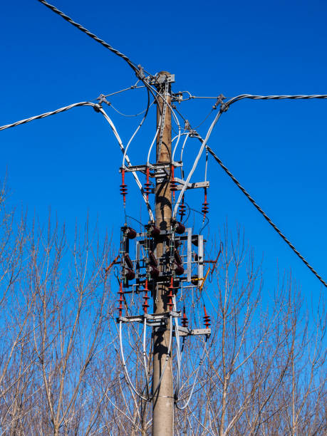 gAerial lines for power distribution - foto stock