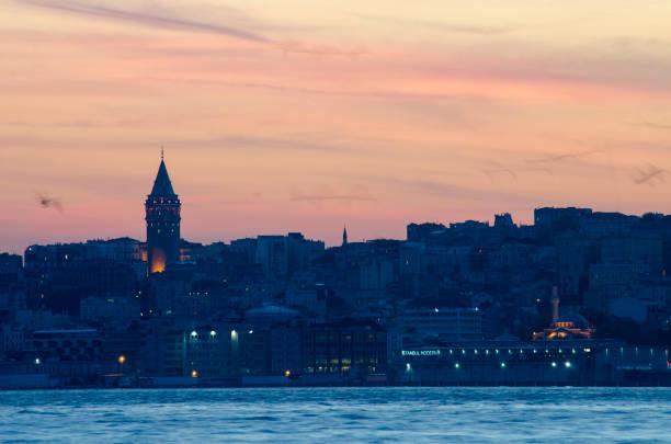 galata tower, istanbul - каракёй стамбул стоковые фото и изображения
