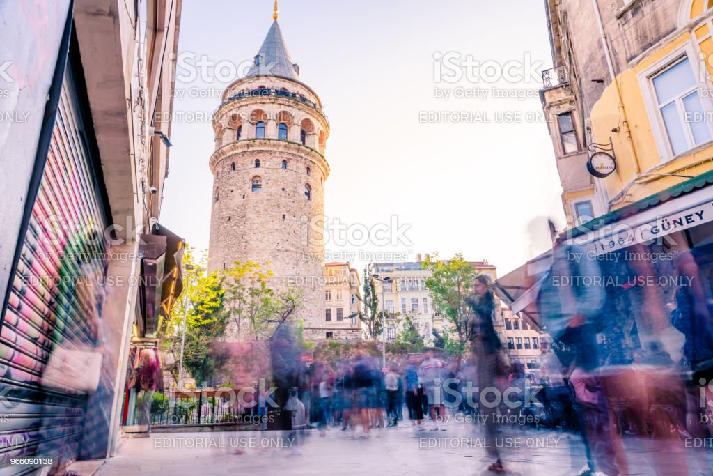 Galata Tower,a medieval stone tower in Istanbul,Turkey - Royalty-free Adulto Foto de stock