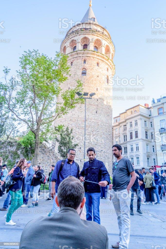 Galata Tower, een middeleeuwse steen toren in Istanboel, Turkije - Royalty-free Antiek - Toestand Stockfoto