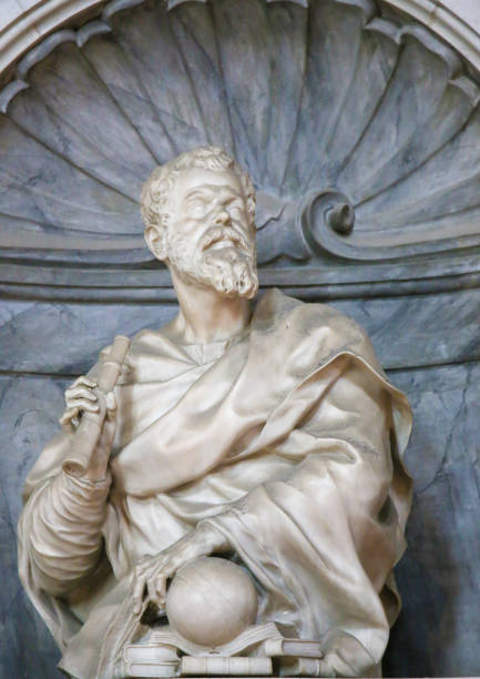 Galileo Galilei in Santa Croce, Florence Statue of Galileo Galilei at his Tomb in the Basilica Santa Croce, Florence, Italy. galileo galilei stock pictures, royalty-free photos & images