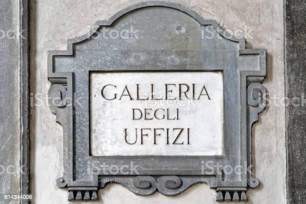 Galleria degli uffizi street sign on wall florence picture id814344006?b=1&k=6&m=814344006&s=612x612&h=ydpjsahic wycno kqlaoycads21qd3rwplpsvmrupg=