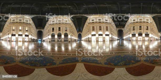 Galleria vittorio emanuele ii picture id846565108?b=1&k=6&m=846565108&s=612x612&h=uq1kylxyhnos wlswnojbc 9gsqhkmo57ezlp0yt1ig=