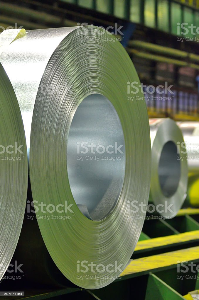 Bobina de acero galvanizado - foto de stock