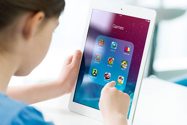 Spiel-apps auf dem Apple iPad Air – Foto