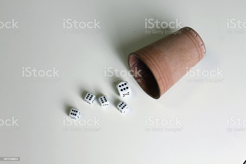 Spiel Zahl wuerfel dice number game play stock photo