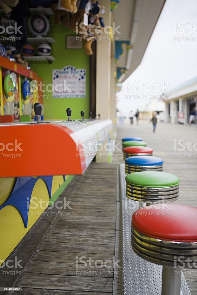 Game on boardwalk 免版稅 stock photo