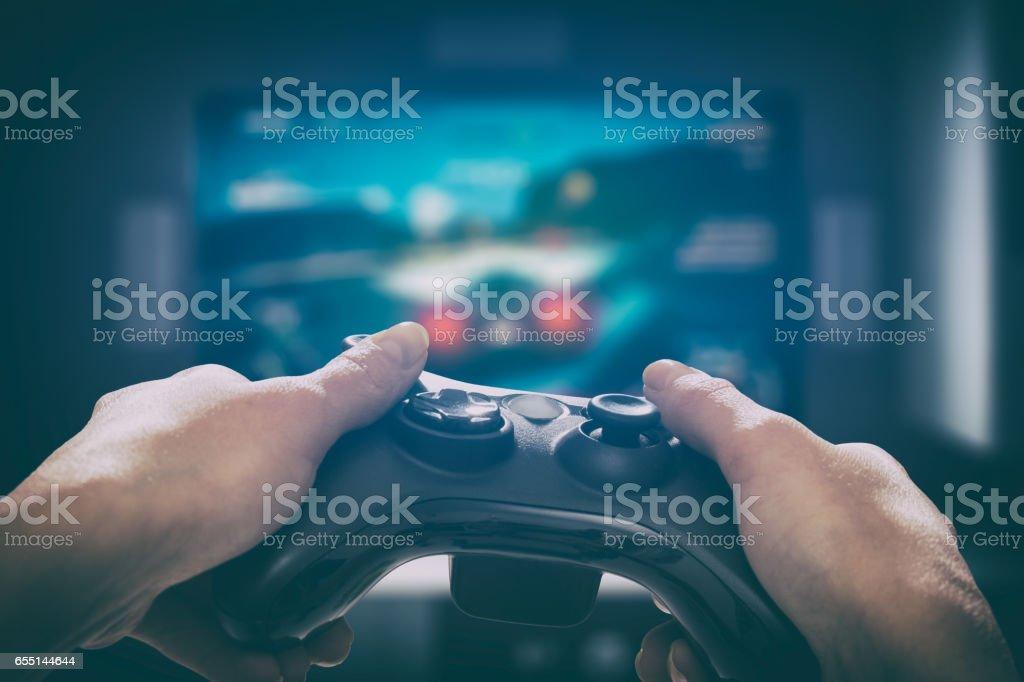 Gaming-Gameplay-Video auf tv oder Monitor. Gamer-Konzept. - Lizenzfrei Abenddämmerung Stock-Foto
