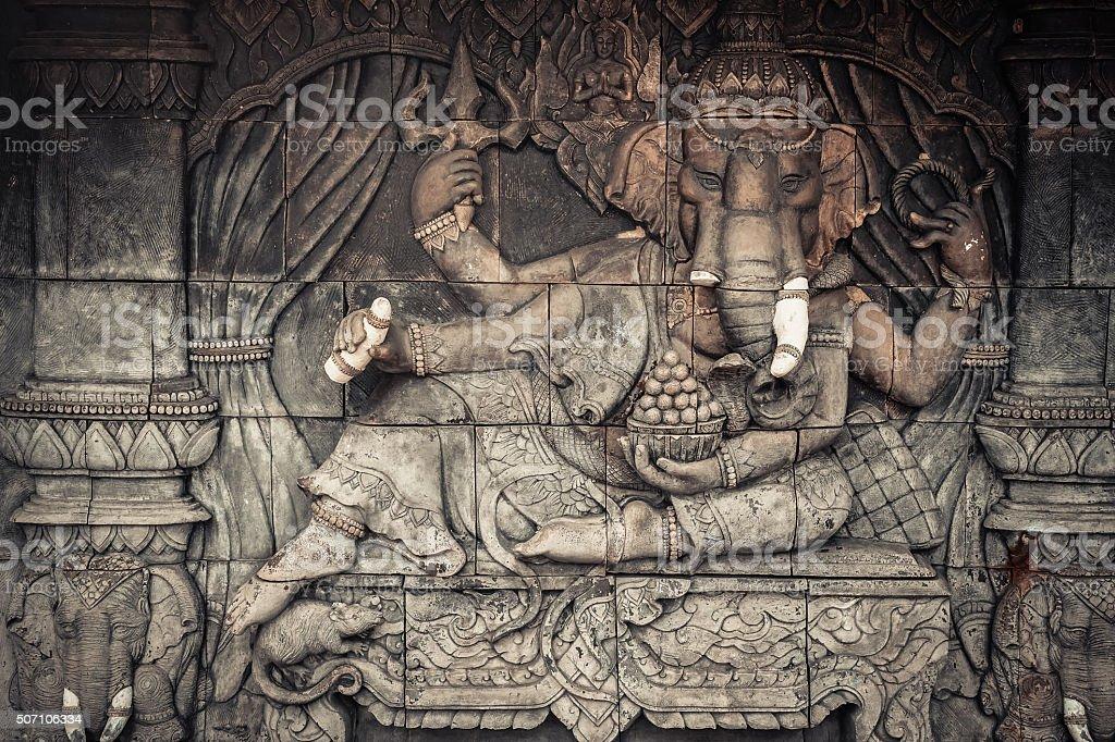 Ganescha Gott-statue aus öffentlichen Tempel von Thailand – Foto