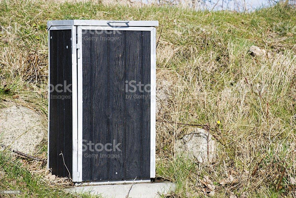 Cubo de basura foto de stock libre de derechos