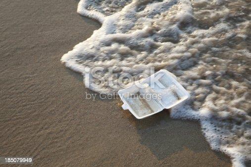 istock Garbage On Beach - XXLarge 185079949