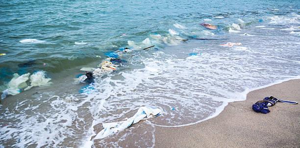 Müll am Strand – Foto