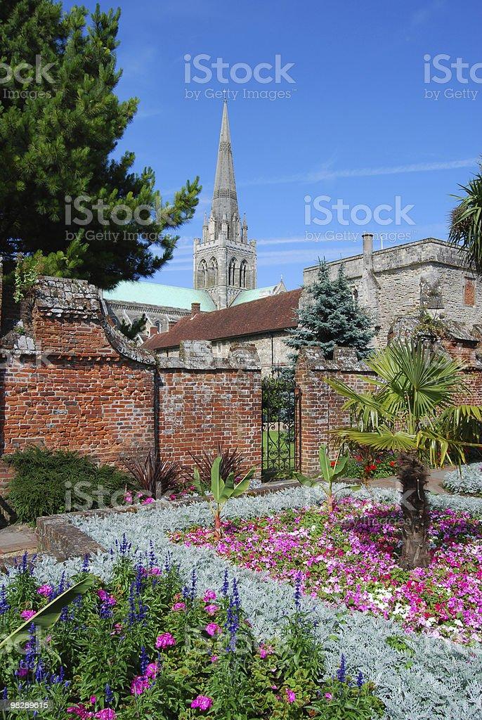 정원 및 캐서드럴. 치치스터. 웨스트서식스. 영국 royalty-free 스톡 사진