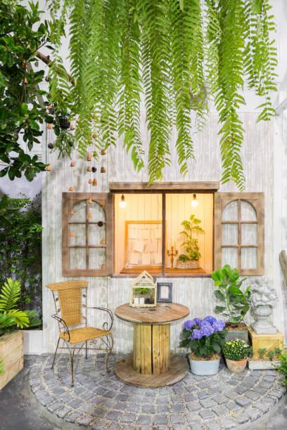 garten und terrasse - zement terrasse stock-fotos und bilder