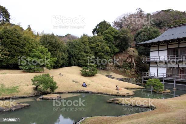 Garden at kenchoji zen temple complex one of five great zen temples picture id939898622?b=1&k=6&m=939898622&s=612x612&h=sm4c3lqiaty8hmiflryn1wrrxbntxk6euaz7a4x5hfi=