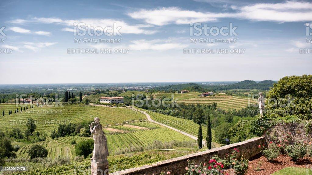 Garten der Abtei von Rosazzo (Abbazia di Rosazzo), Manzano, Colli Orientali del Friuli, Udine, Italien - Lizenzfrei Anhöhe Stock-Foto