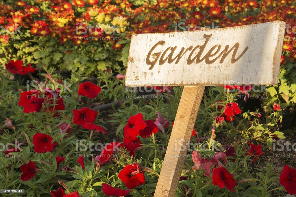 magasin en ligne f0dd6 c240a Photo libre de droit de Panneau Jardin Sur Une Plaque En ...