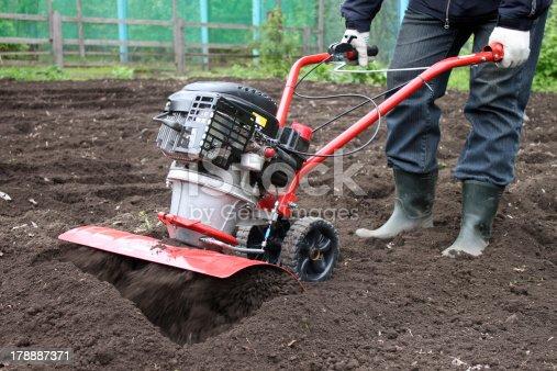Garden tiller to work