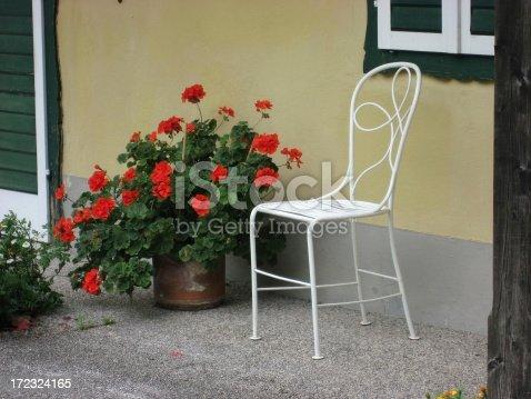 istock Gardenchair 172324165