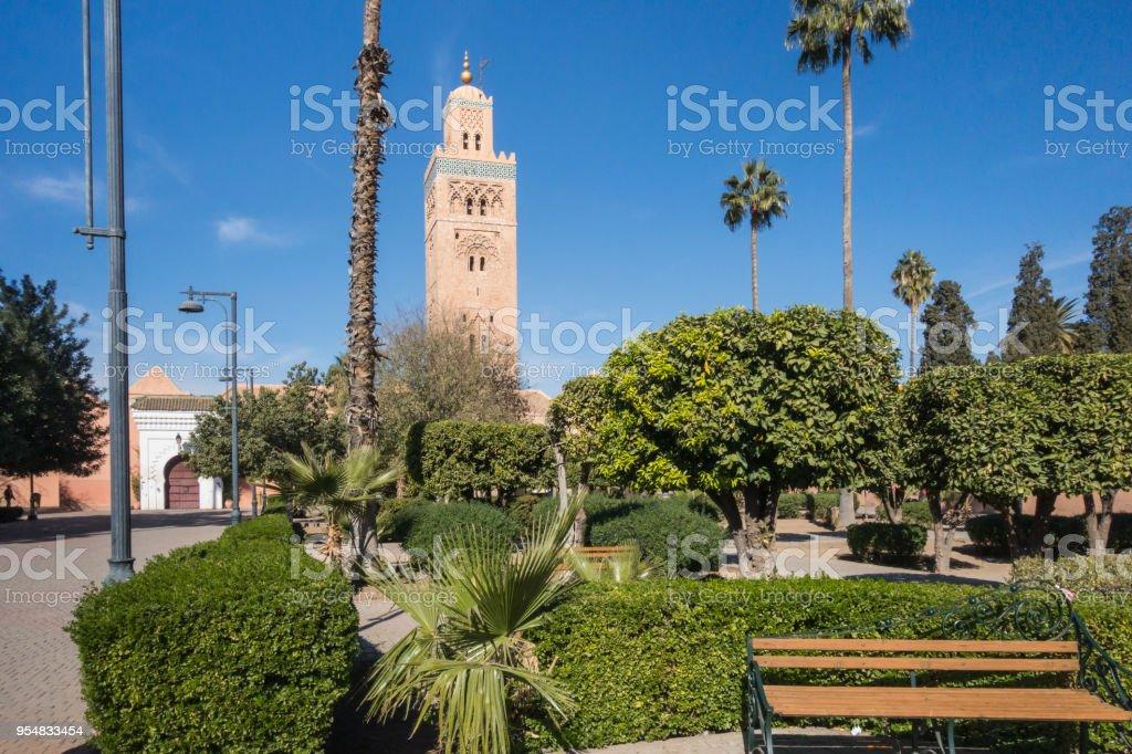 Jardins Autour De La Mosquee De Koutoubia Marrakech Maroc Photos
