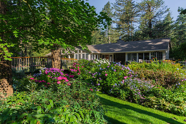 Royalty Free Pacific Northwest Garden Pictures, Images and Stock ...