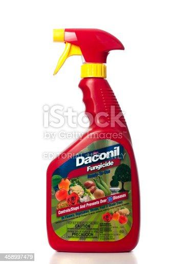 927641110 istock photo GardenTech Daconil Fungicide spray 458997479