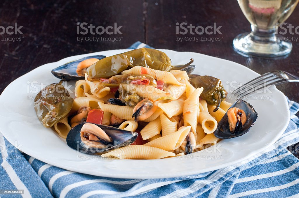 Garganelli , typical Italian pasta of the Veneto , with mussels Lizenzfreies stock-foto