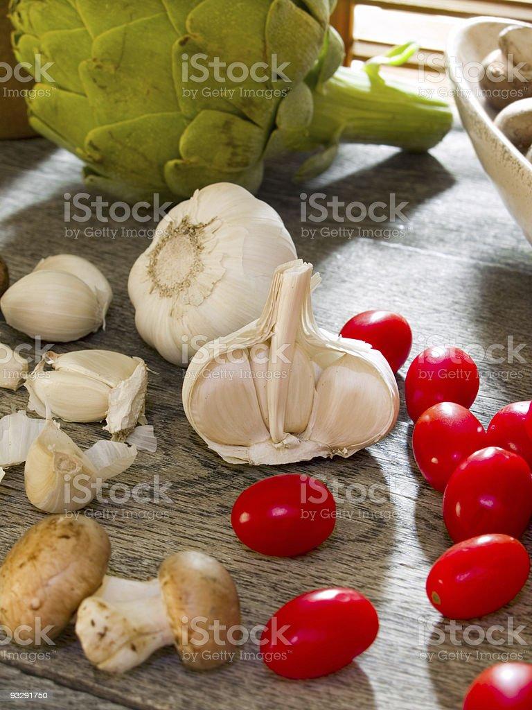 Garlic & cherry tomatoes royalty-free stock photo