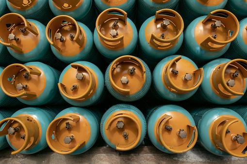 Lpg 가스 병 스택 판매 Lpg 가스 병을 작성에 대 한 준비 가득 찬에 대한 스톡 사진 및 기타 이미지