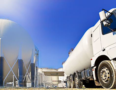 Gas container truck and heavy petrochemical industries plant