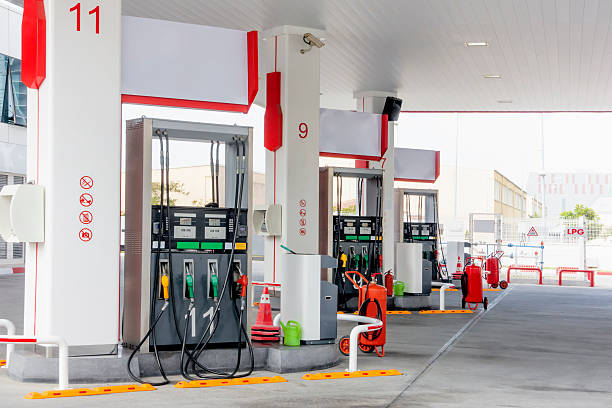 gas station - station stock pictures, royalty-free photos & images