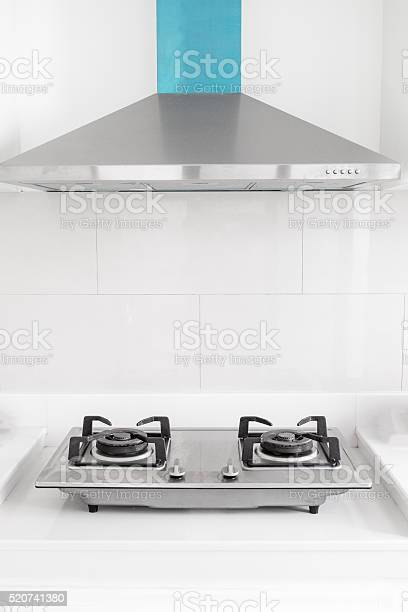 Gas stove with hood in kitchen picture id520741380?b=1&k=6&m=520741380&s=612x612&h=utokhf2thb7bhtkt3ofyytjp2fcomcoqwxppk ryisc=